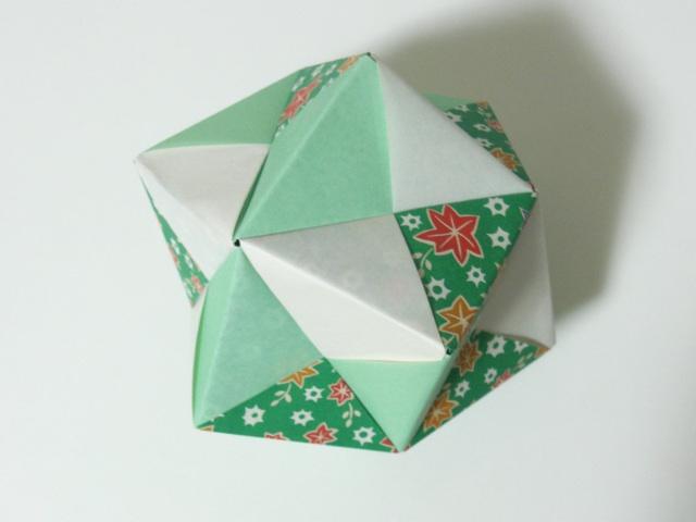 すべての折り紙 折り紙 くす玉 ユニット : ユニット折り紙】くす玉 ...